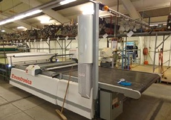 Automatic  cutting machine Invescut cv07
